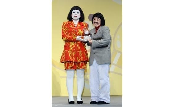 未亡人朱美ちゃん3号と細貝さんも受賞!? 「LINE Creators Stamp AWARD 2014」