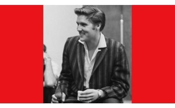 """マリリンやエルビスも飲んだ   「コカ・コーラ」ボトル誕生100周年 """"サイコー!""""キャンペーン"""