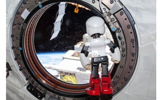ロボット宇宙飛行士「KIROBO」、地球帰還へ