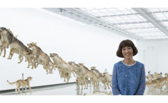 逢坂恵理子氏に聞く 「館長として、キュレーターとして、 現代美術展を通じて表現したいこと」