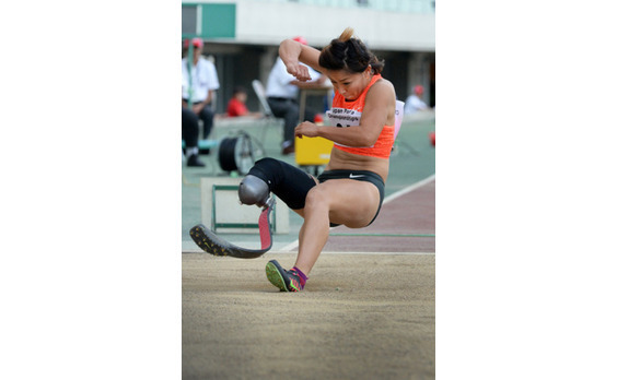 走る、跳ぶ、投げる! 2015ジャパンパラ陸上競技大会 (動画あり)