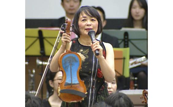 電通オーケストラがTSUNAMIバイオリンとチャリティーコンサート