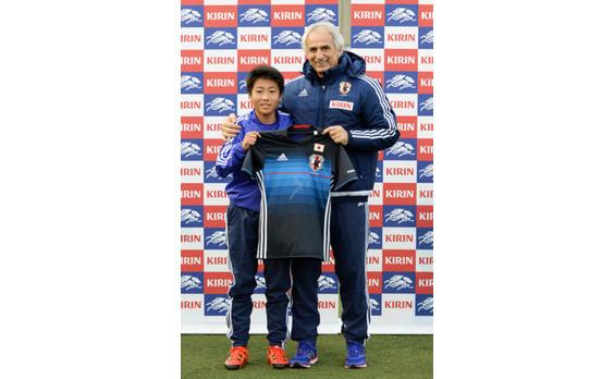 「KIRINキャンプ」   SAMURAI BLUEのハリルホジッチ監督や コーチ陣が直接指導