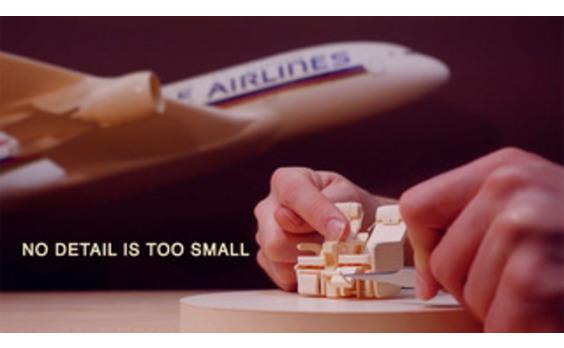 シンガポール発★シンガポール航空 エアバスA380を超精細ペーパークラフトで再現