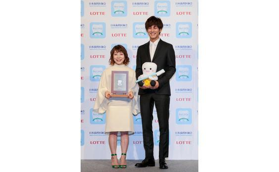 松坂桃李さん、リオオリンピックメダリストらが受賞! ベストスマイル・オブ・ザ・イヤー2016