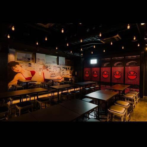 オトコたちの夢が結実!「週プレ酒場」、歌舞伎町に出現