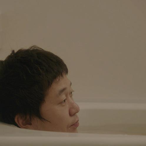牛乳石鹸 ウェブ動画   お父さんの葛藤に思いをはせる