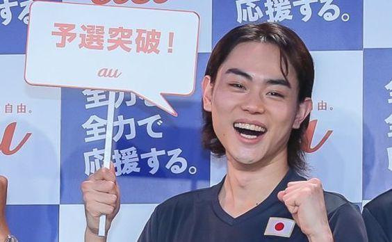 FIFA ワールドカップ・アジア最終予選、auのパブリックビューイングに菅田将暉さんらが「全力」で集結!