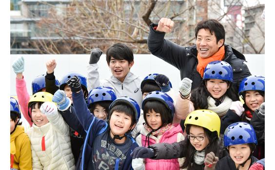 平昌オリンピック日本代表応援イベント   都心の特設リンクでスケート教室