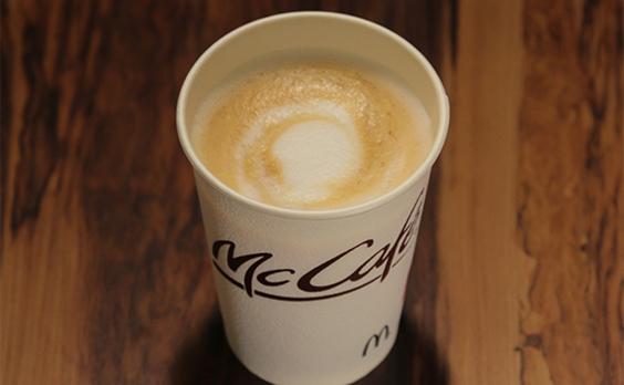 マクドナルドが「カフェラテ」を初リニューアル