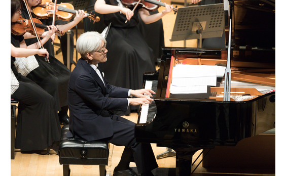 「東北ユースオーケストラ」  のんさん、吉永さんも参加して演奏会