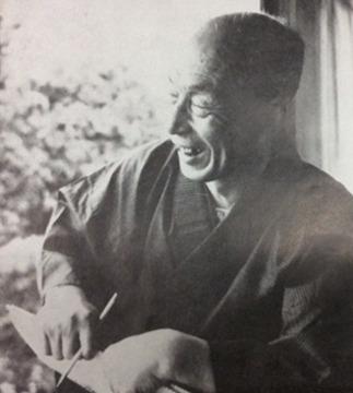 京都の自宅でスケッチを楽しむ松本