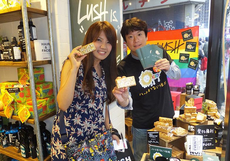 筆者(左)と石川氏