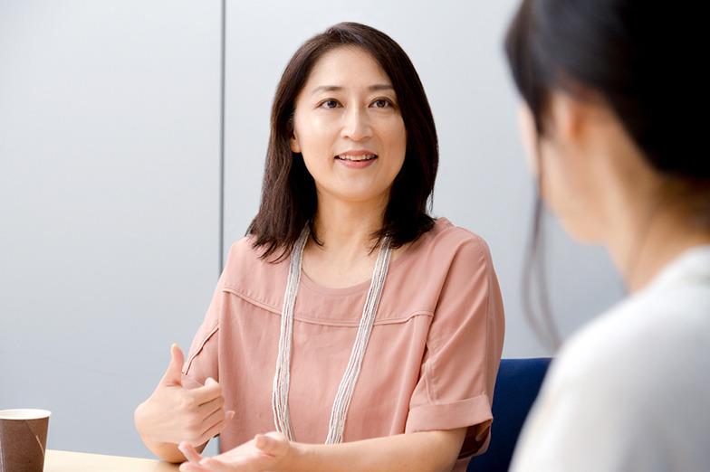 大崎麻子さん