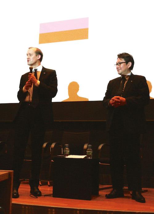 トーマス・モール氏(左)、山口功作氏(右)