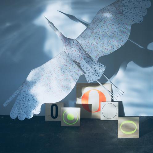 【青森】贈られ、引き継がれた鶴凧と活版。