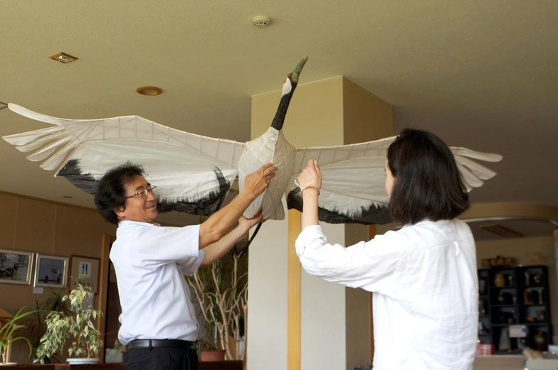 鶴凧の実物に初めて触れる