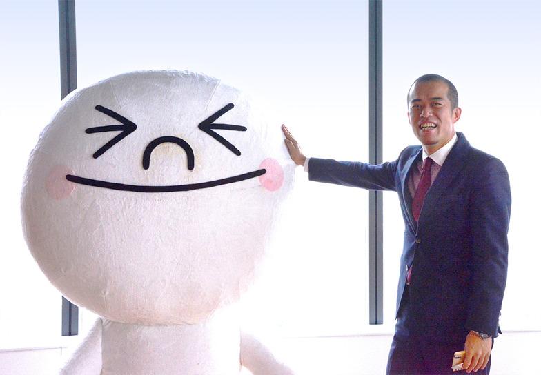 華々しく登場した、LINE 上級執行役員 法人ビジネス担当の田端信太郎さん #単に、逆光だっただけ