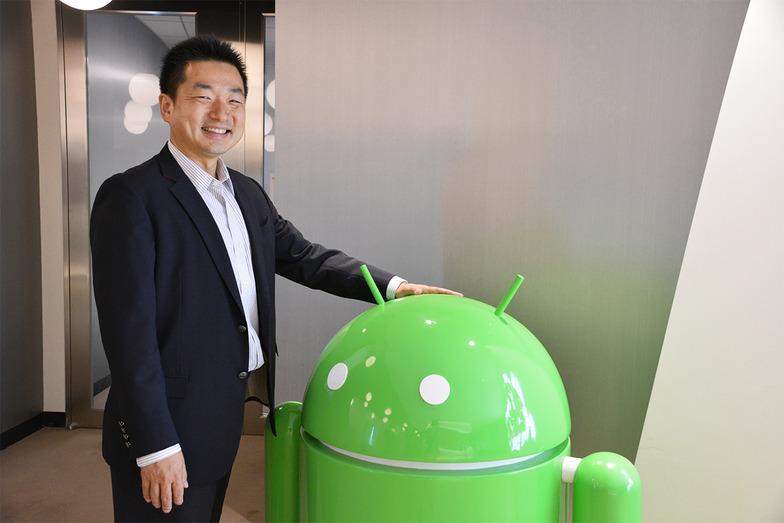 笑顔で登場したGoogle株式会社のビジネスマーケティング部 統括部長 石井哲さん。