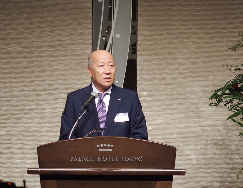新理事長に就任した石井氏のあいさつ