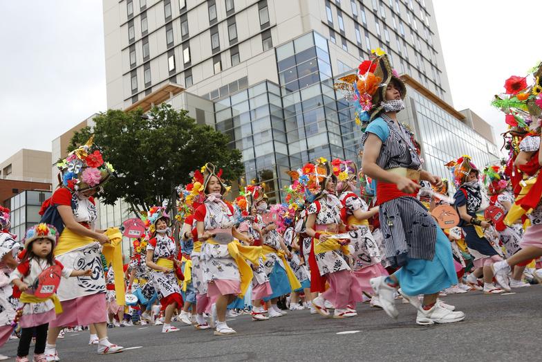 曳き手、囃手方、ハネト総勢500人が参加した「青森ねぶた祭」
