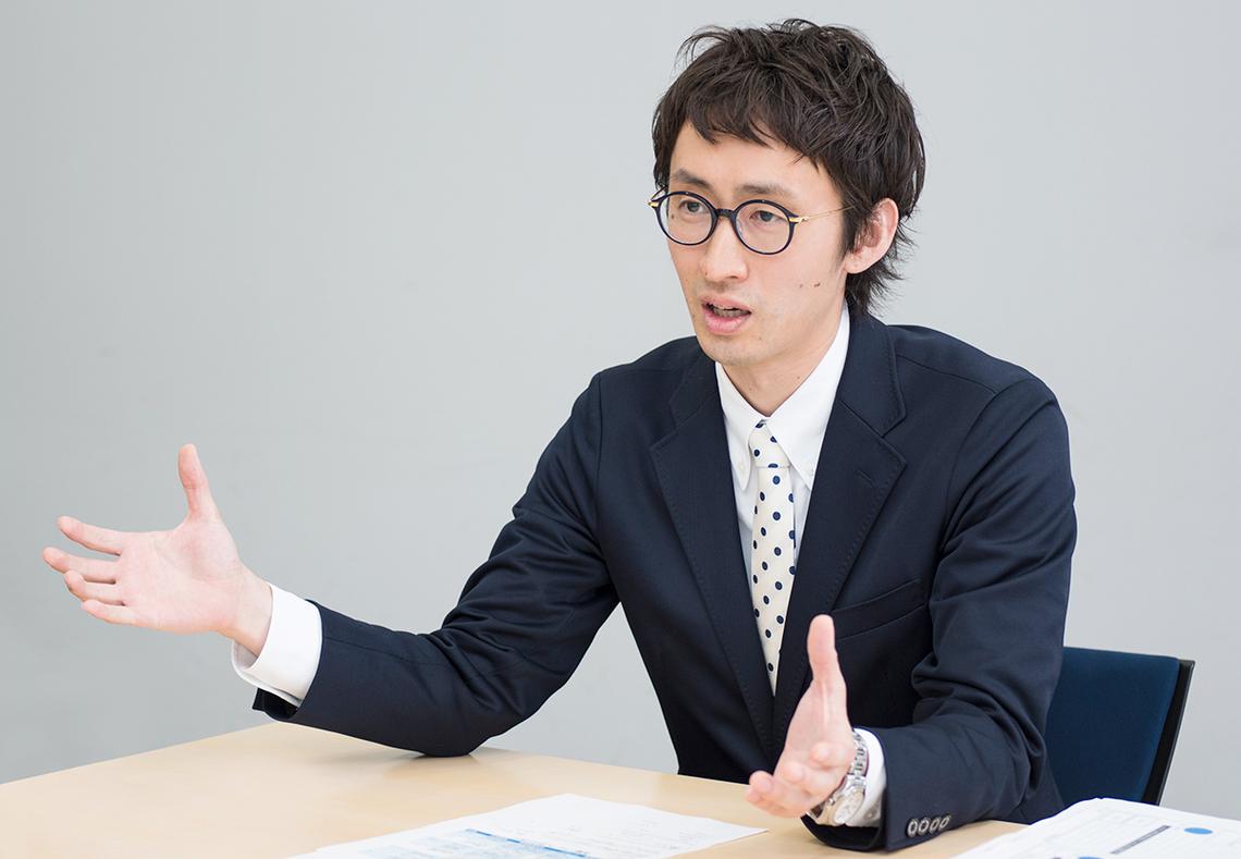片山俊大氏