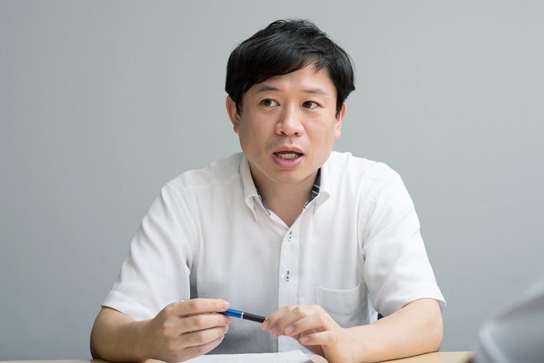 シナプス・青山氏