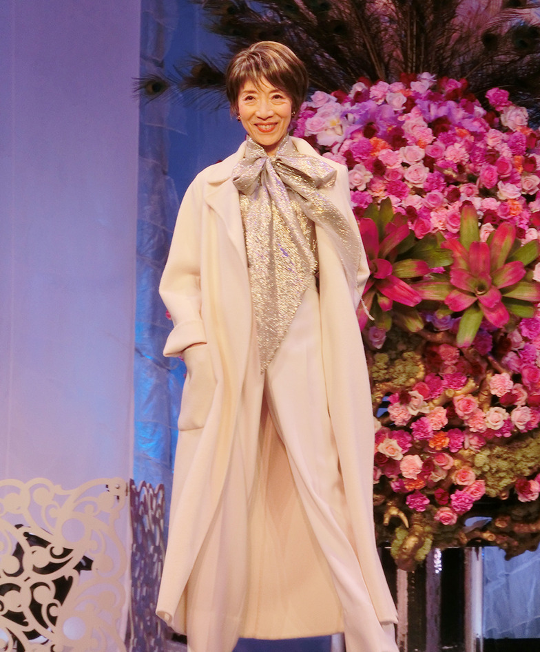スタイリスト白井艶美さんがスタイリングを担当したファッションショー