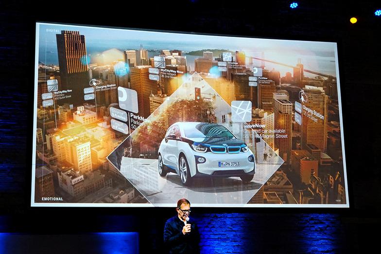 BMW社ユーザーエクスペリエンス部門責任者のHolger Hampf氏