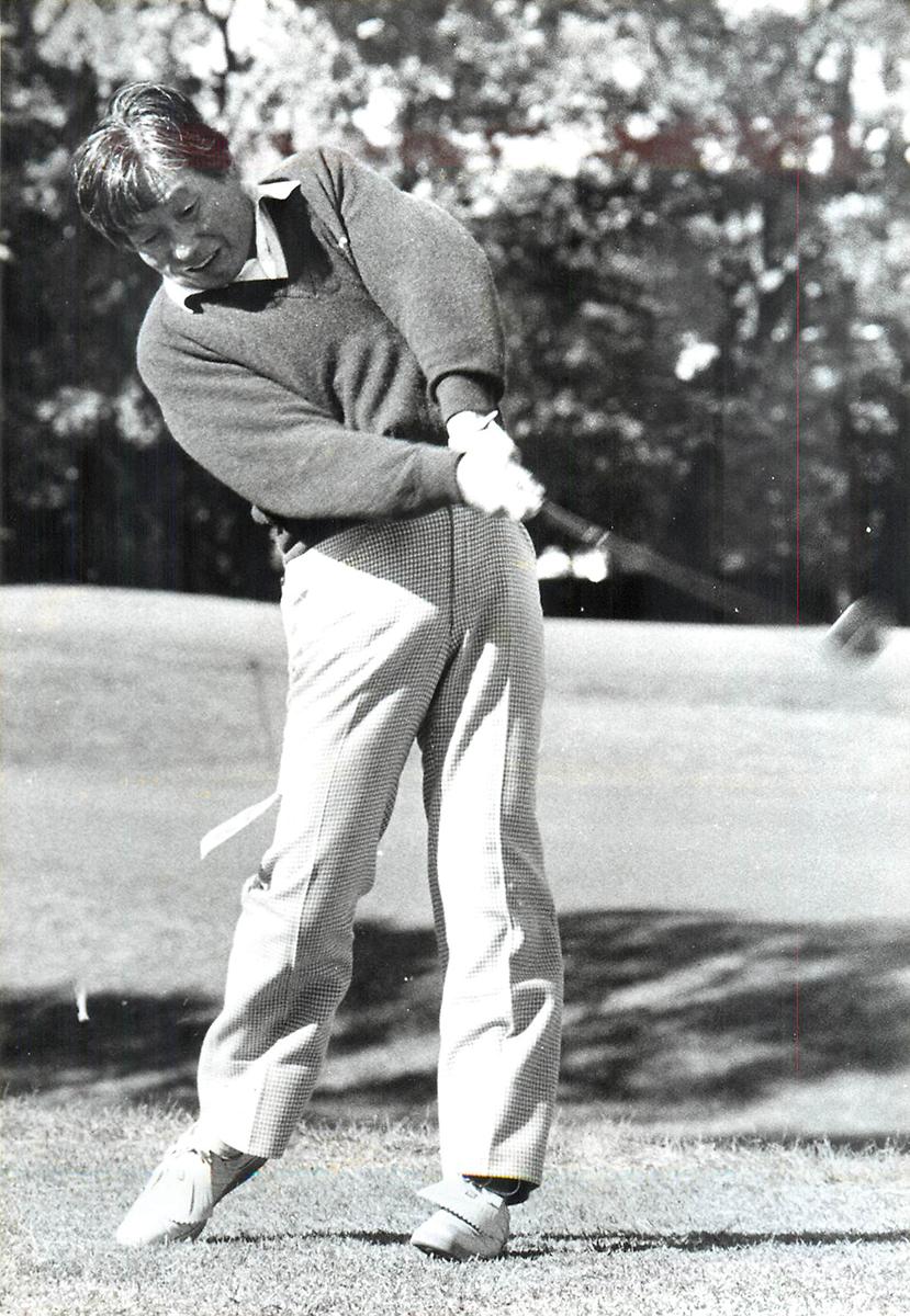 スポーツマンの加藤菊造は体を動かすことが好きで、スポーツクラブにもよく通っていた。