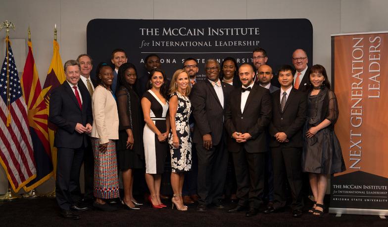 次世代リーダーシッププログラム参加者と共に(2016年8月)