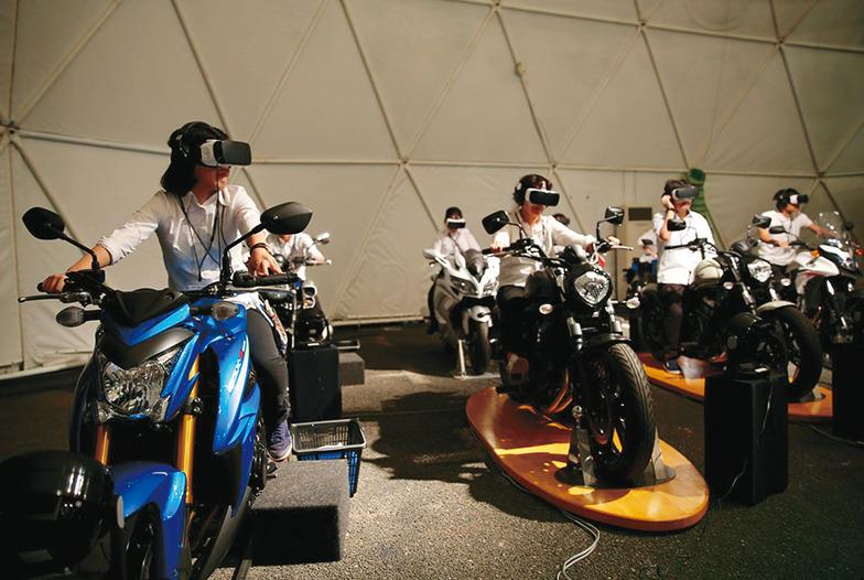 360度映像で得られるVRによる新しい試乗体験「360°VR DOME」