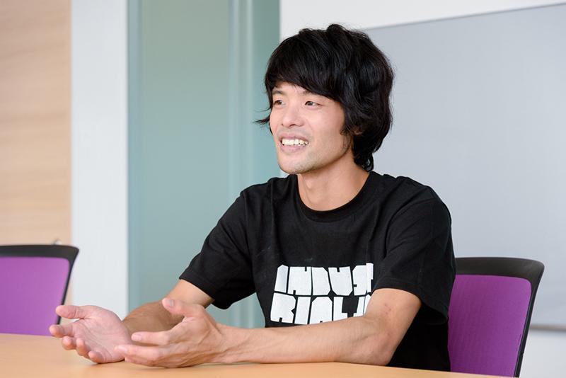 グラフィックデザイナーの下浜臨太郎さん