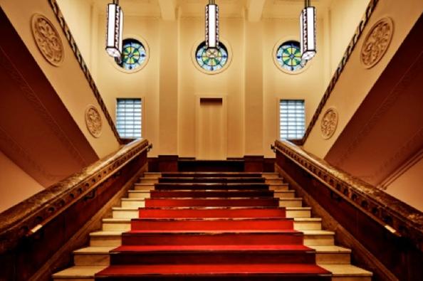 館内(階段)