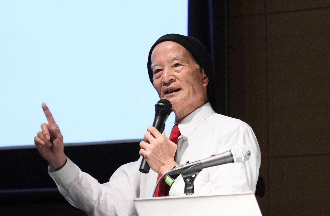 松田卓也氏