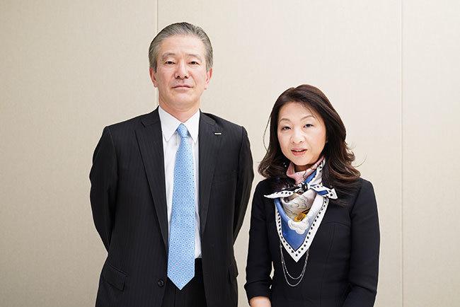 同志社大教授 河島伸子氏(右)と電通メディアイノベーションラボ 奥律哉氏