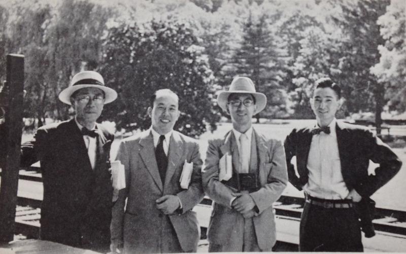 昭和27年に米国で新井が撮影した衣笠静雄(左端)