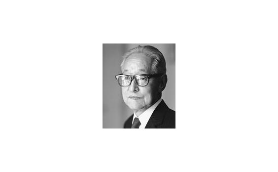 広告クリエーティブの 「水先案内人」新井静一郎(1)