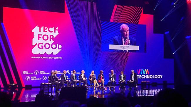 Tech for Goodというテーマのもとで、ワールドクラスのCXOたちが議論