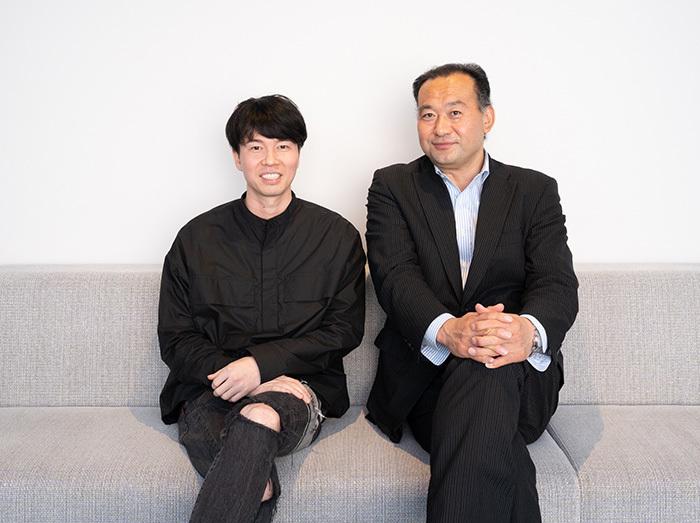(左から)佐藤俊介氏(トランスコスモス)、鈴木禎久氏(電通デジタル)