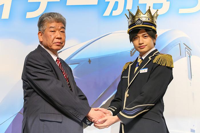 京成電鉄小林社長と中島健人さん