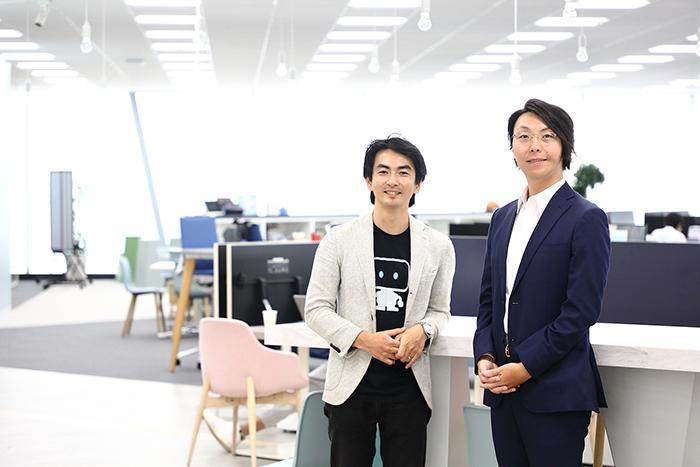 (左から)シバタアキラ氏(DataRobot)、有益伸一氏(電通デジタル)
