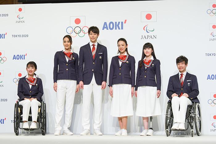 日本代表選手団公式服装(式典用)