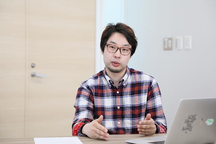 岡田憲明氏