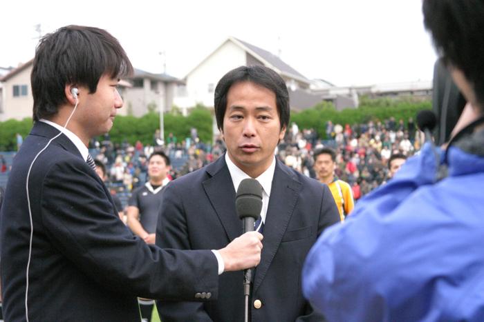 試合後のインタビュー風景