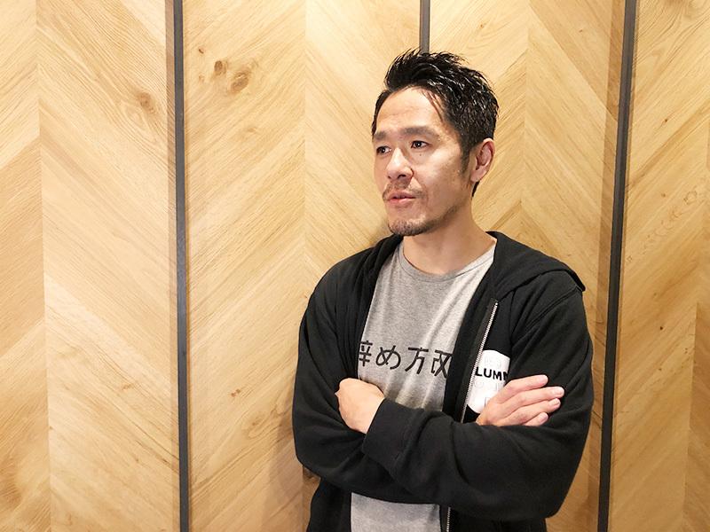 鈴木仁志氏