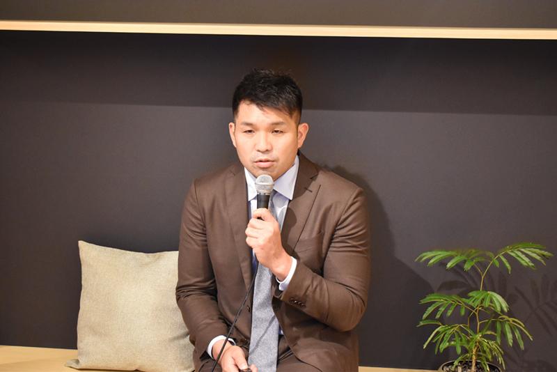 高森雅和氏:コミュニティーの中に「話しかけ」を行うことでファンを作っていく。SNSによる中傷を恐れる経営者に向け、新たなビジネススタイルを提案。