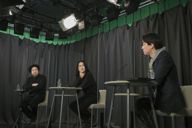 (左から)施井氏、伏谷氏、梅澤氏
