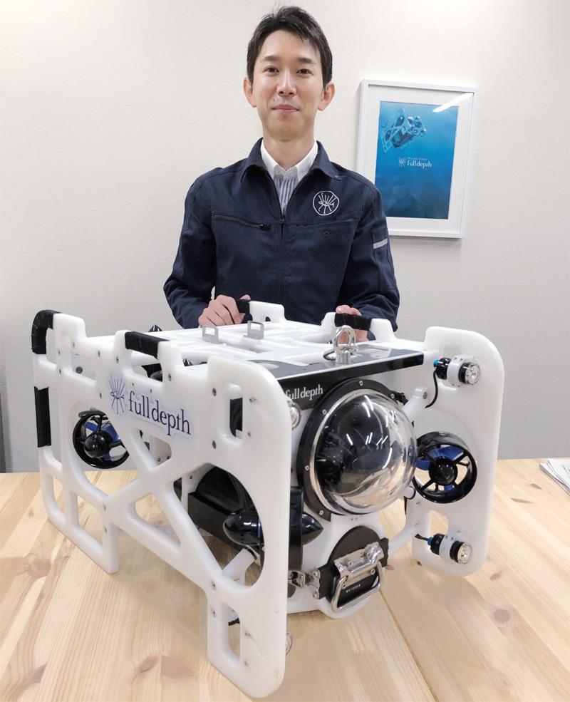 "FullDepth(フルデプス)の伊藤昌平CEO。水中ドローンでさまざまな社会課題解決に挑む""発明家""。"