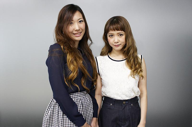 ワカモンメンバーの西井美保子さん(左)と、読者モデルの田中里奈さん